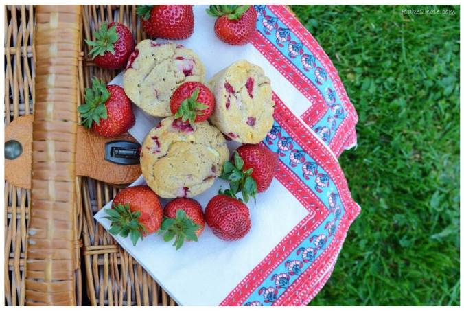 Strawberry and White Chocolate Muffins by Kake2Kale.com